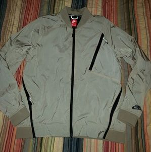 Nike tech windbreaker